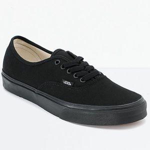 Vans Black Low Top Classic Canvas Skate Sneaker 7